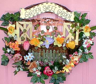 GARDEN SWEET GARDEN WREATH