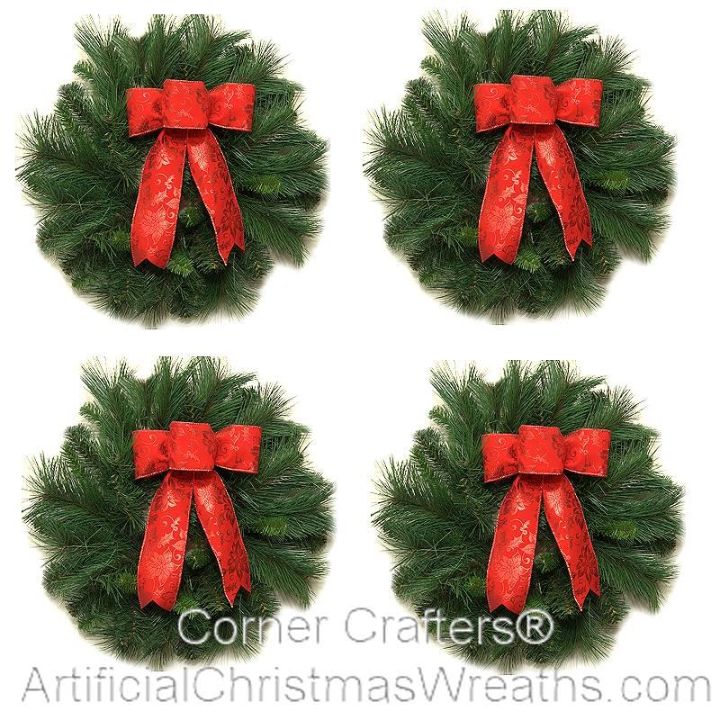 Mini Deluxe Traditional Christmas Wreath