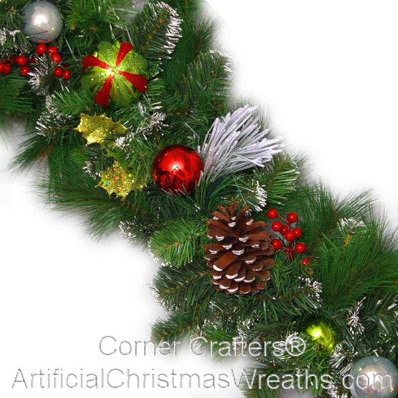 CHRISTMAS MAGIC GARLAND