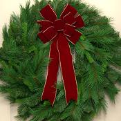 30 inch Traditional Christmas Wreath